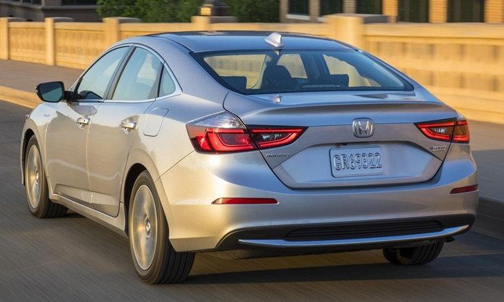 Honda Insight 2018 ใหม่ เคาะราคาจำหน่ายถูกกว่า Prius ในสหรัฐฯ