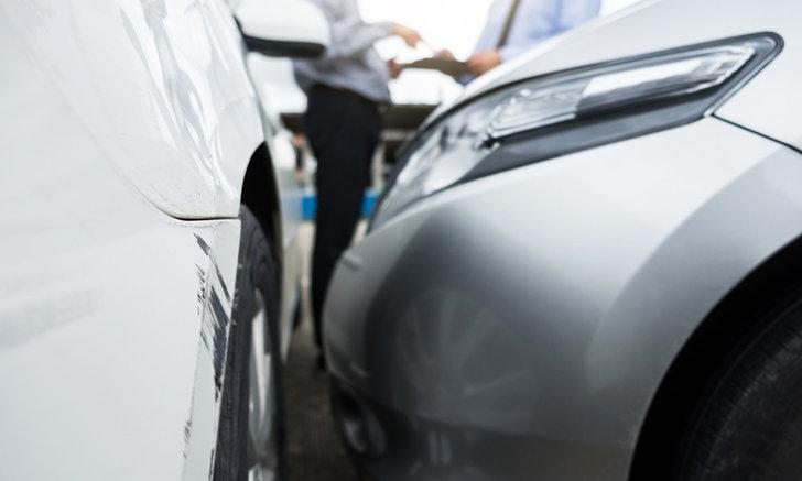 ใบขับขี่หมดอายุแล้วเกิดอุบัติเหตุ ประกันจ่ายหรือไม่?
