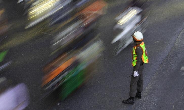 ขนส่งฯ แจงเพิ่มโทษไม่พกใบขับขี่ปรับ 5 หมื่น เพื่อสร้างวินัยหวังลดอุบัติเหตุ