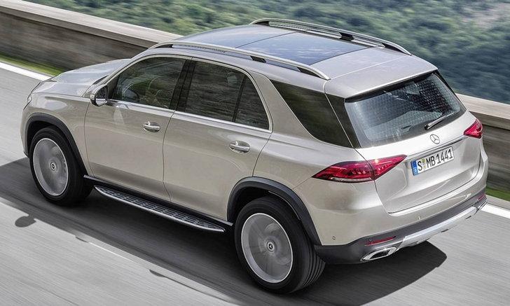 Mercedes-Benz GLE 2019 ใหม่ หั่นราคาถูกกว่า BMW X5 ถึง 2.25 แสนบาท
