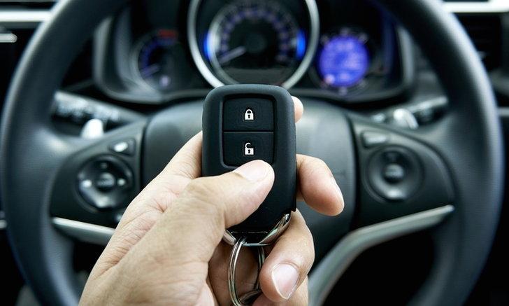 อึ้ง! วิจัยชี้กุญแจสมาร์ทคีย์เสี่ยงรถหายในเวลาไม่ถึง 20 วินาที