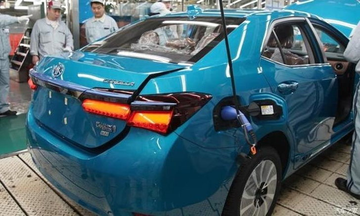 Toyota Corolla Plug-in Hybrid 2019 ใหม่ เตรียมเปิดตัวที่จีน มี.ค.นี้