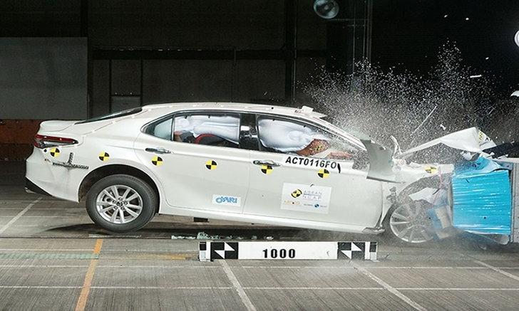 Toyota Camry 2019 ใหม่ คว้าคะแนนความปลอดภัย 5 ดาว ASEAN NCAP