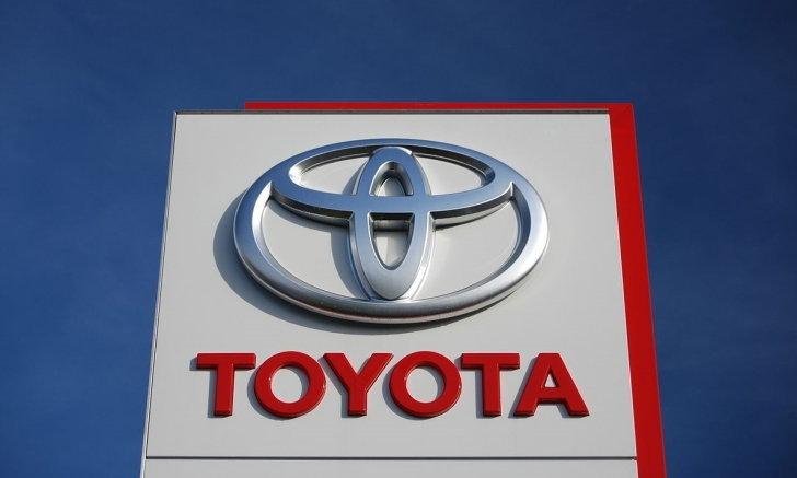 รองรับตลาดรถยนต์ไฟฟ้า! Toyota ผนึกกำลัง Panasonic พัฒนาแบตเตอรี่ทรงจัตุรัส