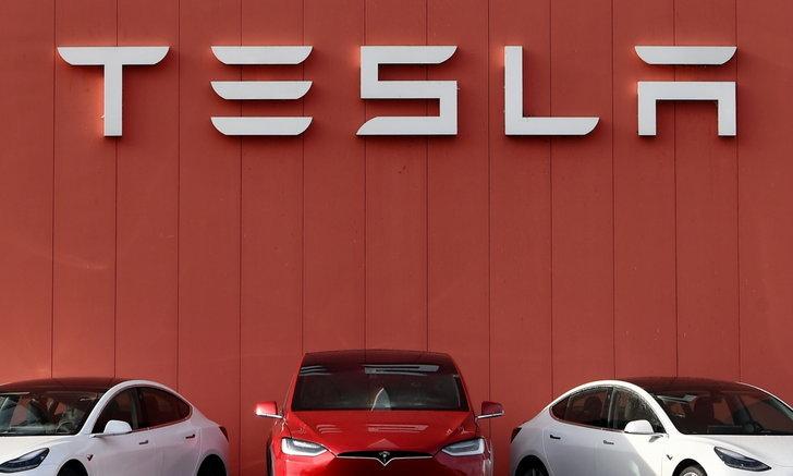 ลดกระหน่ำ! Tesla หั่นราคารถยนต์หลากหลายรุ่นในอเมริกาเหนือลงอีก 6%