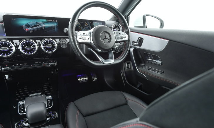 Mercedes-Benz A 200 AMG Dynamic