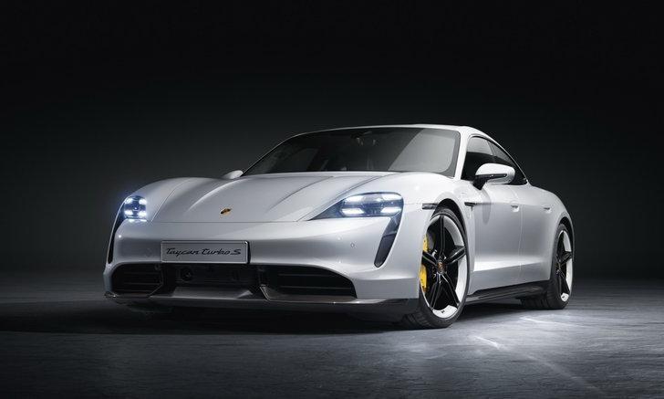 จี๊ดกว่าเคย! Porsche Taycan Turbo S 2021 รถสปอร์ตไฟฟ้าเวอร์ชั่นอัปเกรดใหม่