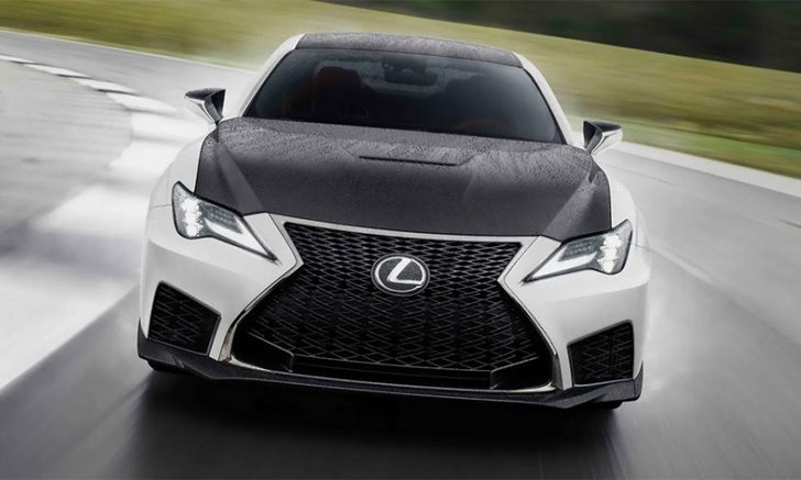 ผลิตเพียง 60 คัน! Lexus RC F Fuji Speedway Edition 2021 รุ่นพิเศษเน้นความเบา