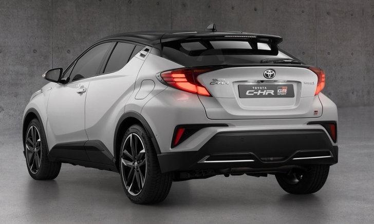 Toyota C-HR GR Sport 2021 ใหม่ รุ่นพิเศษพร้อมชุดแต่งจากโรงงานวางขายแล้วในอังกฤษ