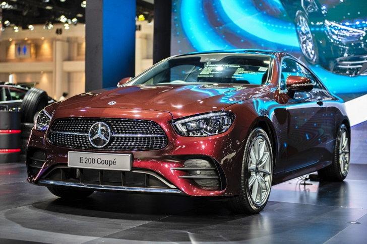 Mercedes-Benz E 200 Coupé AMG Dynamic 2021 ใหม่ เคาะราคา 4,550,000 บาท