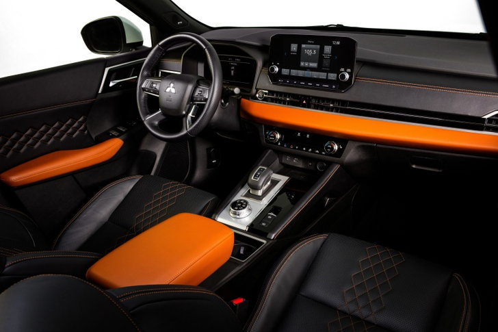 Mitsubishi Outlander รุ่นเครื่องยนต์เบนซิน