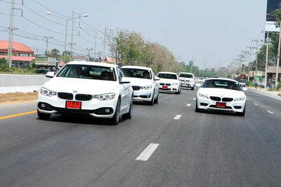 เพอร์ฟอร์แมนซ์มอเตอร์สชวนสื่อมวลชนเปิดประสบการณ์ขับขี่รถยนต์ BMW