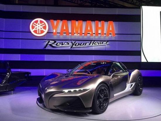 """ยามาฮ่าโชว์รถยนต์ต้นเเบบ """"สปอร์ต ไรด์"""" ในงานโตเกียว มอเตอร์โชว์ 2015"""