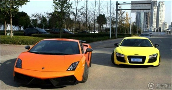 เห็นแล้วอึ้ง! รถนักศีกษาแต่ละคันในประเทศจีน ยิ่งกว่ามอเตอร์โชว์
