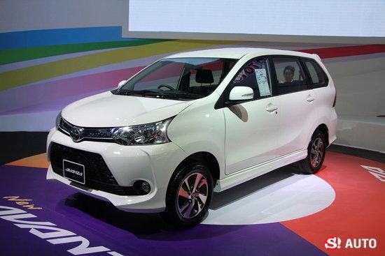รถใหม่บูธ Toyota ในงาน Motor Expo 2015
