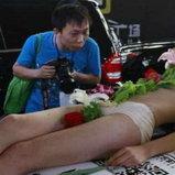 ซูชิเปลือยงานมอเตอร์โชว์จีน