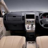 Mitsubishi Delica โฉมปัจจุบัน