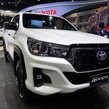 Toyota Revo Rocco 2018