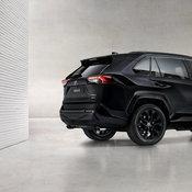 สีดำมาแรง! Toyota RAV4 Hybrid เอาด้วย เปิดตัวรุ่นพิเศษ Black Edition