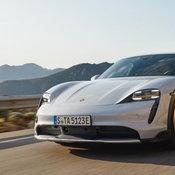 Porsche Taycan Cross Turismo 2021
