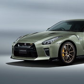 Nissan GT-R Premium Edition T-spec และ GT-R Track Edition Engineered by NISMO T-spec