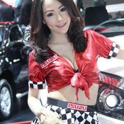 พริตตี้ ISUZU Motor Expo 2012