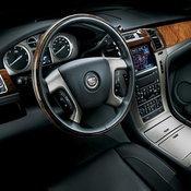 'วู้ดดี้' กับรถ 'Cadillac Escalade'