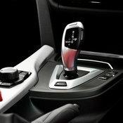 BMW 330e Iconic 2017