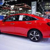 Honda Civic 2018 สีแดง Rallye Red