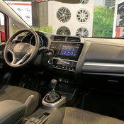 Honda Jazz X-Road 2018 / Credit: Carscoops