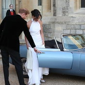 รถจากัวร์ในพิธีเสกสมรสเจ้าชายแฮรี่
