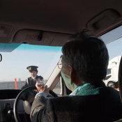 """""""พิธีจบการศึกษาการขับขี่"""" ไอเดียใหม่ที่ทำให้ผู้สูงอายุยอม """"ยกเลิกใบขับขี่ด้วยตัวเอง"""""""