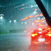 """เมื่อ """"ที่ปัดน้ำฝน"""" เกิดเสียงดัง สาเหตุมันมาจากอะไรกันแน่?"""