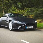 Aston Martin Vantage Roadster 2021 กับภาพทางการที่โหดและเท่เอาเรื่อง!
