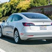 Tesla Model 3 กับการเป็นแท็กซี่ไฟฟ้ารุ่นแรกในกรุงนิวยอร์ค