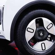 สนั่นแดนมังกร! เปิดตัว Baojun E300 และ E300 Plus รถจิ๋วพลังไฟฟ้า ดีไซน์แห่งอนาคต