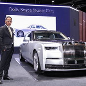 """มอเตอร์โชว์ 2020 : ส่องความน่าหลงใหล Rolls-Royce Phantom ที่สุดแห่งเรื่อง """"ราคา"""""""