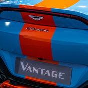 """มอเตอร์โชว์ 2020 : เมื่อ Aston Martin มีเอสยูวีรุ่นแรกในนาม """"DBX"""""""