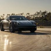 แรงจี๊ดกว่าเดิม! Porsche Taycan Turbo S 2021 รถสปอร์ตพลังงานไฟฟ้าเวอร์ชั่นอัปเกรดใหม่