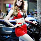 พริตตี้ Auto Salon 2015