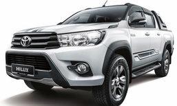 Toyota Revo 2017 รุ่นพิเศษหลังคาดำที่มาเลเซีย เคาะ 9.9 แสนบาท