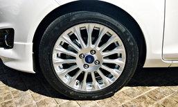 6 ผลเสียที่เกิดขึ้นเมื่อขับรถตกหลุมบ่อยๆ