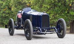 """เผยโฉม """"รถแข่งอายุ 104 ปี"""" ราคา 236 ล้าน!"""