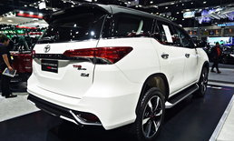 Toyota Fortuner TRD Sportivo 2019 รุ่นปรับโฉมใหม่ เคาะราคา 1,719,000 บาท