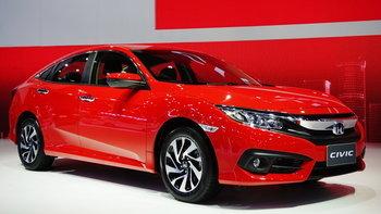 Honda Civic 2018 สีแดงแรลลี่ใหม่ เปิดตัวที่งานมอเตอร์เอ็กซ์โป