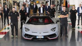 น่าจดจำ! Lamborghini ฉลองผลิต Aventador คันที่ 10,000 ซึ่งถูกจองโดยคนไทย