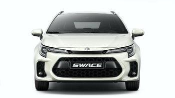 เปลี่ยนแค่กระจังหน้า! Suzuki Swace 2021 รถโคลนนิ่ง Toyota Corolla Touring
