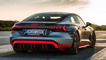 Audi e-tron GT 2021 ใหม่ สปอร์ตซีดานขุมพลังไฟฟ้าจ่อเปิดตัว 9 ก.พ.นี้