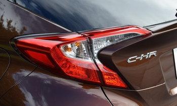 ทดสอบขับ Toyota C-HR รูปทรงสวยงาม ประโยชน์ใช้สอยจะดีเหมือนกันมั้ย