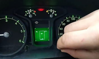 มีแบบนี้ด้วย! จอ MID รถคันนี้สามารถเปลี่ยนเป็นเกมส์ Tetris ได้